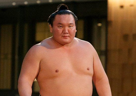 日本国籍取得 でうれしかった有名人 4位リーチマイケル、2位ラモス瑠偉、1位は? エアトリ調べ