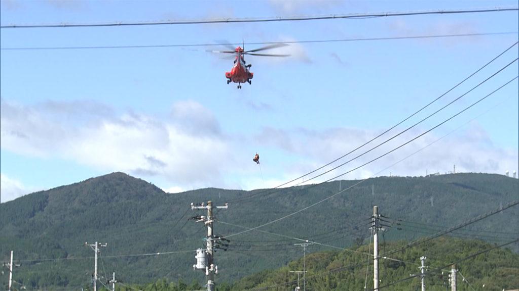 ヘリ救助 で 落下 の女性死亡 動画 閲覧注意 安全ベルトのフック付け忘れ