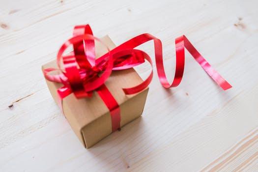女性 に 贈る プレゼント 2~3000円程度のモノ