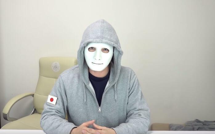 """YouTuber 時給 日本一の ラファエル 仮面の下に隠されたハートフルな""""素顔"""