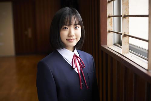 芦田愛菜 星の子 6年ぶり 主演 映画 で髪30センチカット インタビュー公開