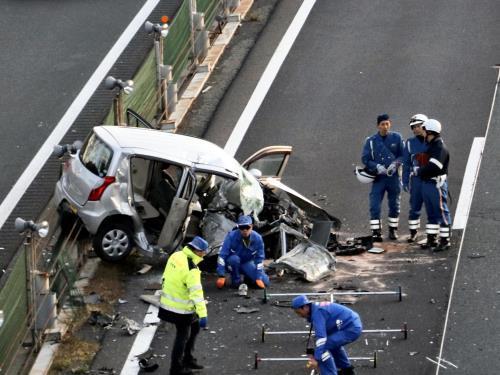 関越道 逆走 80歳の運転手が死亡 2人けが 動画 あり
