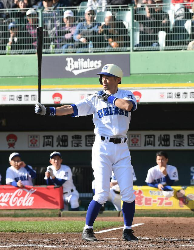 元プロ野球 MLB イチロー の草野球初戦は大勝 3安打&131球完封16K